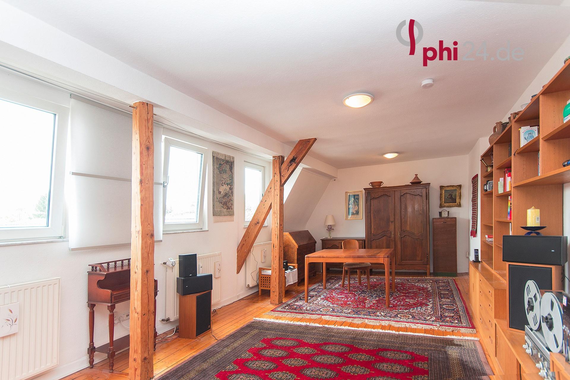 phi aachen ger umige 2 raum dach maisonette mit weitblick in aachen city immobilienmakler. Black Bedroom Furniture Sets. Home Design Ideas