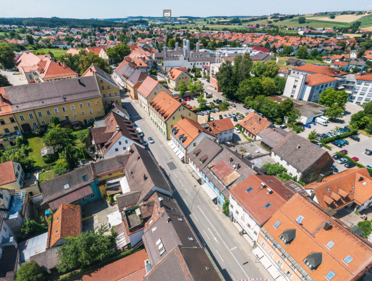 Marketing aus der VogelperspektivePHI Aachen Immobilienmakler Drohnenaufnahmen