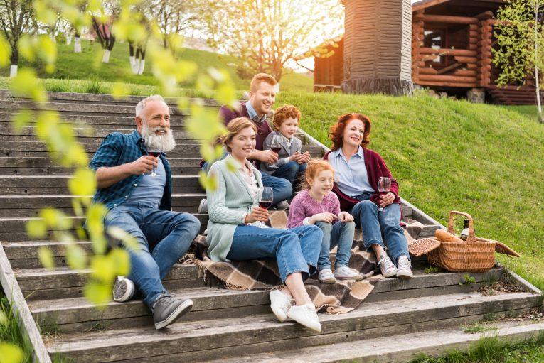 So geht altersgerechtes Wohnen: Teil 4 – Mehrgenerationenhäuser PHI Immobilienmakler Aachen