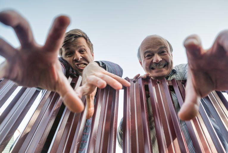 Warum Sie Ihr Haus lieber nicht an die Nachbarn verkaufen sollten PHI Aachen Immobilienmakler