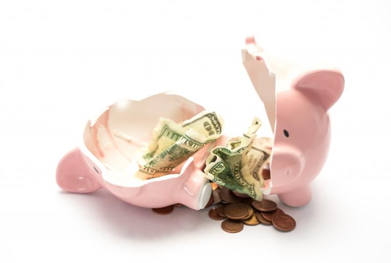 Geldsorgen: Ist der Immobilienverkauf der richtige Weg?