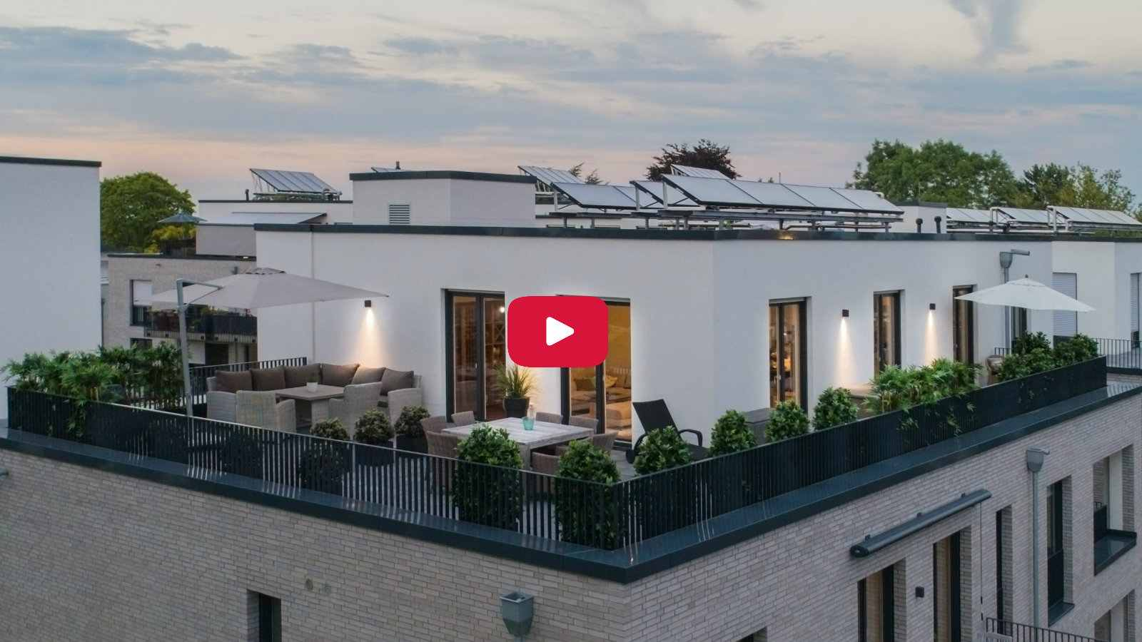 Video Imagefilm mit Drohne Symbolbild